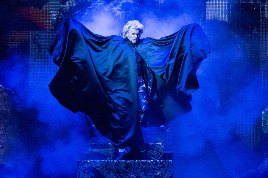 Hans Klok House of Horror Dracula 2 foto Andy Doornhein