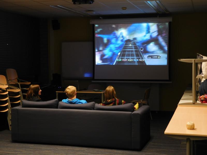 Radboud by Night 3 Guitar Hero