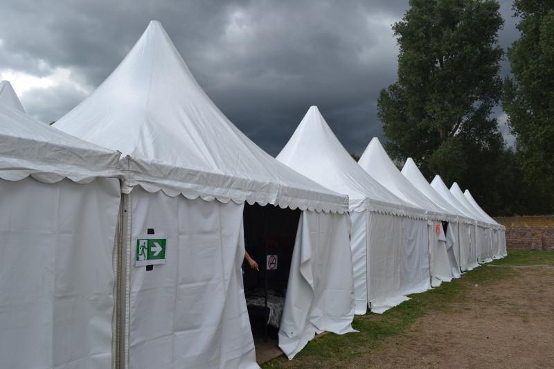 Introfestival 10 internationale tent groot
