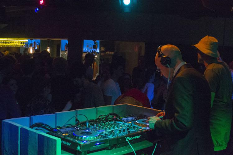 2019 04 18 Radboud by Night 10b DJ Wigboldus